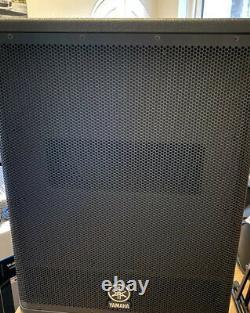 Yamaha Dxs15 Mk1 Subs 950 Watts Chaque Dxs-15 Powered Bass Bins To Match Dxr15